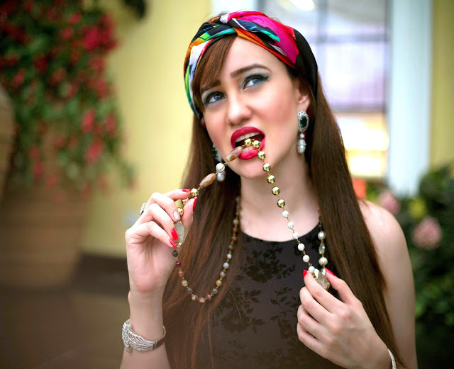 Shazé Accessories, Jewelry, Head Scarf, beaded necklace, red lips, pearl drop earrings, LBD,