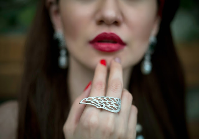Shazé Accessories, Jewelry,eagle wing ring, Red Lips