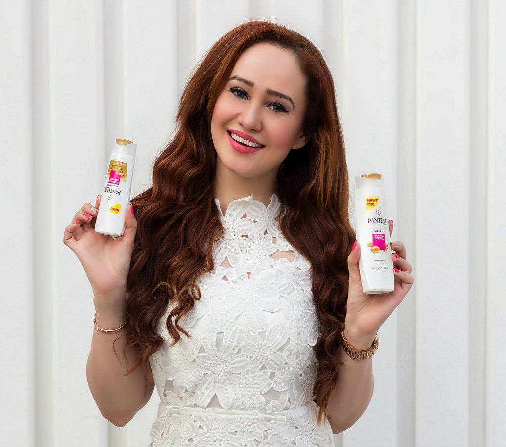 New Pantene Shampoo and Conditioner, Thicker, Stronger Hair in 14 Days, Pro V Formula, Stephanie Timmins, Beautiful Long Curly Hair