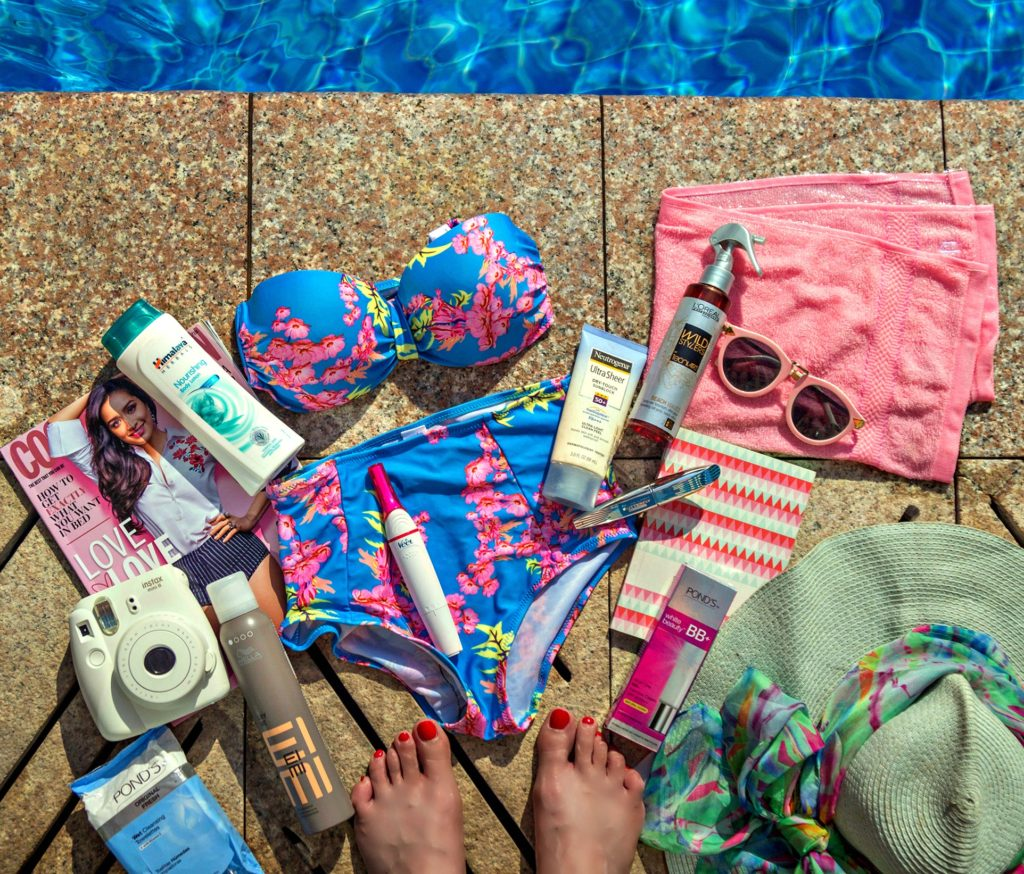 Veet Sensitive Touch Beauty Trimmer, Essentials Beauty Products for a Beach Vacation