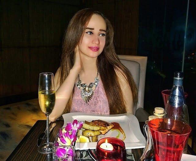 Enjoyed a fabulous romantic dinner bombaybrasseriein thanks to the flathellip